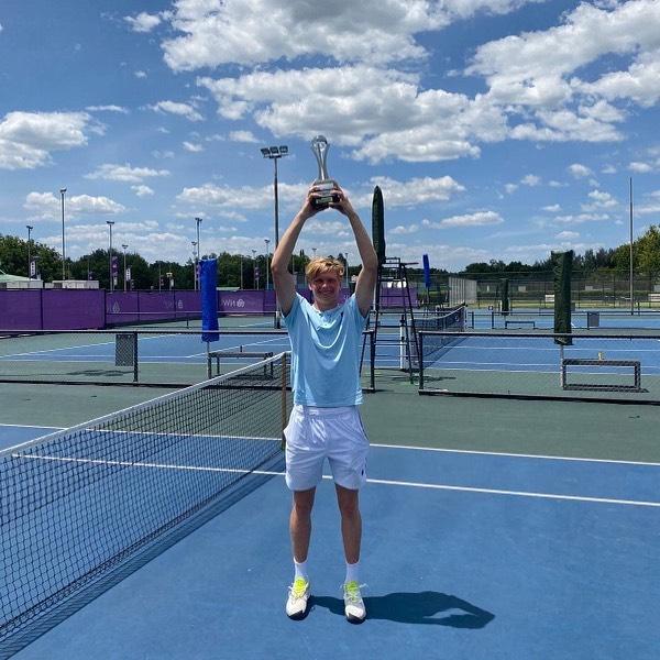 Jenson's first ATP Title